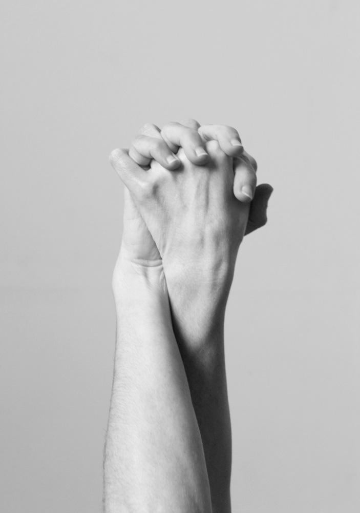 Pratique de Feldenkrais mains entrelacées